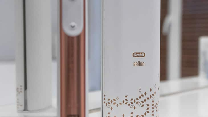 Oral-B Genius 9000n rose gold details-2